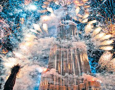 دبي...ألعاب نار وشهوة لا تقود إلا للنار 31/12/2014