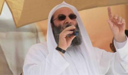 هل يختفي مولانا حسان خلف النظارة السوداء ؟؟