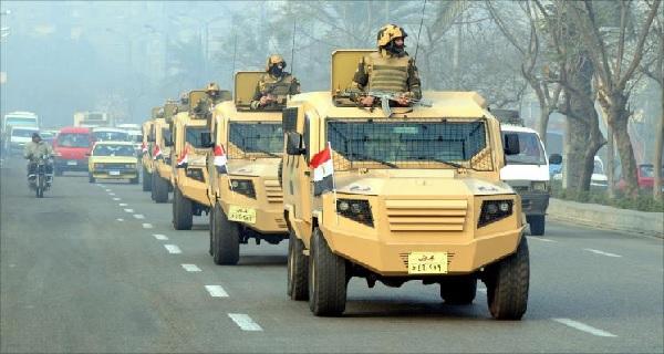 لمن برأيك .. كان تهديد الانقلابي بأن الجيش جاهز للانتشار في 6 ساعات ؟ .. استطلاع رأي