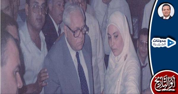 الدكتور المخزنجي.. عميد كلية الطب الذي غيّر اسمه وأصبح وزيراً